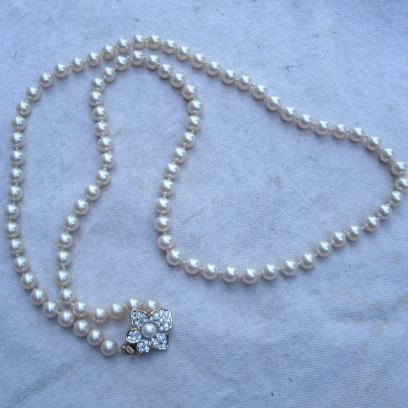 Faux Pearl Necklace with Fancy Blue Crystal Clasp